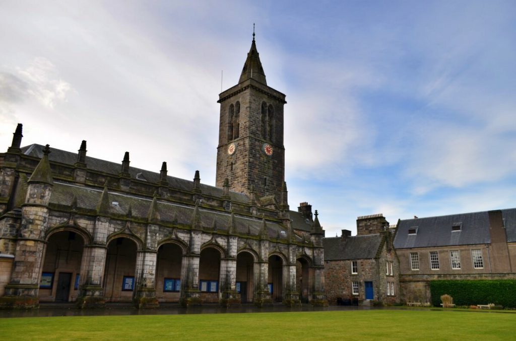 università di St Andrews, st salvator's college e torre dell'orologio