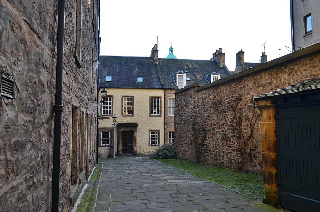 tweedale court, outlander a edimburgo