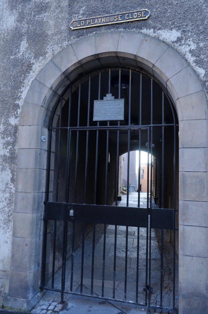 old playhouse close, royal mile di edimburgo