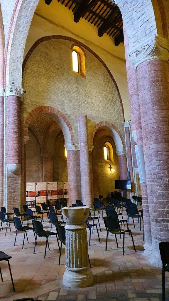 abbazia di fiastra, interno