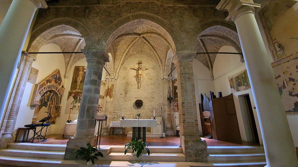 chiesa di santa maria a mare, interno