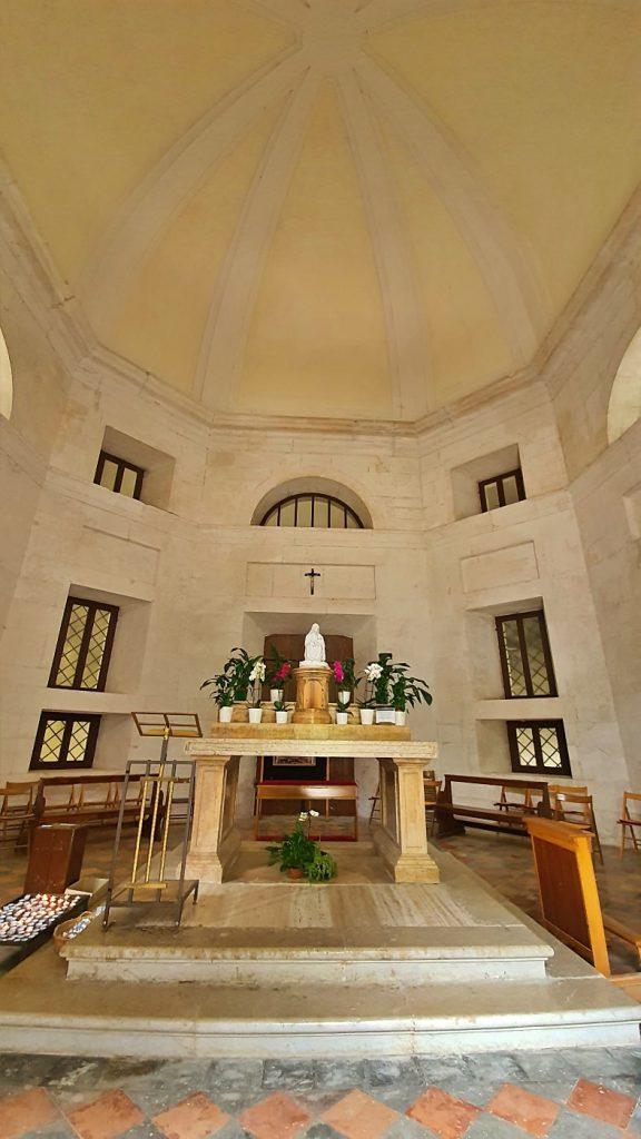 interno tempio del valadier