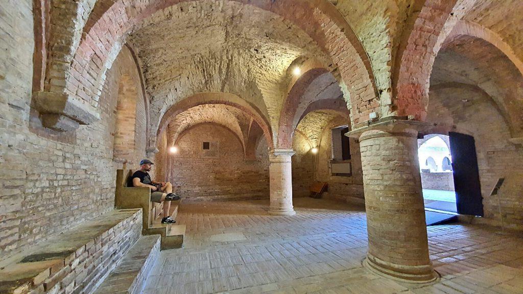 sala del capitolo - abbazia di fiastra marche