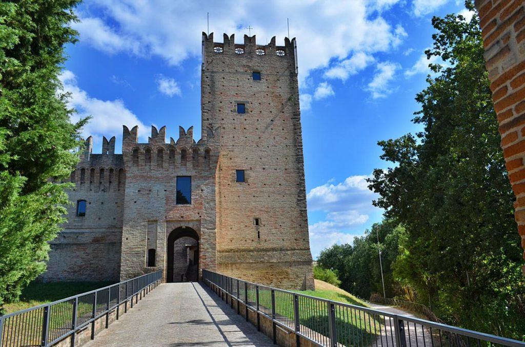 castello della rancia - cosa vedere nelle marche - tolentino cosa vedere