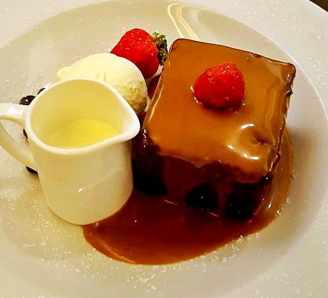 sticky toffe - cosa mangiare in scozia