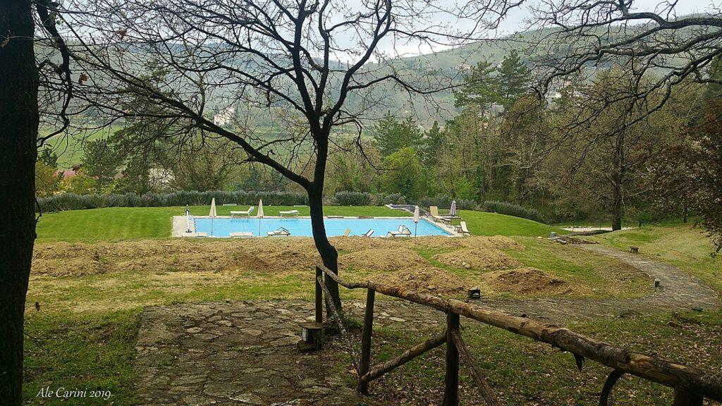 albergo con piscina in toscana - week end romantico toscana
