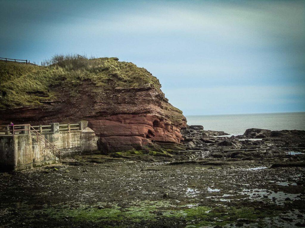 arbroath - seaton cliffs