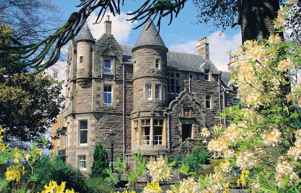knock castle - dormire in un castello in scozia