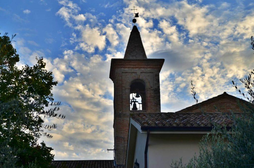 chiesa santa croce - montecassiano - borghi bandiera arancione