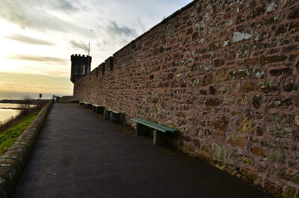 crail castle walk