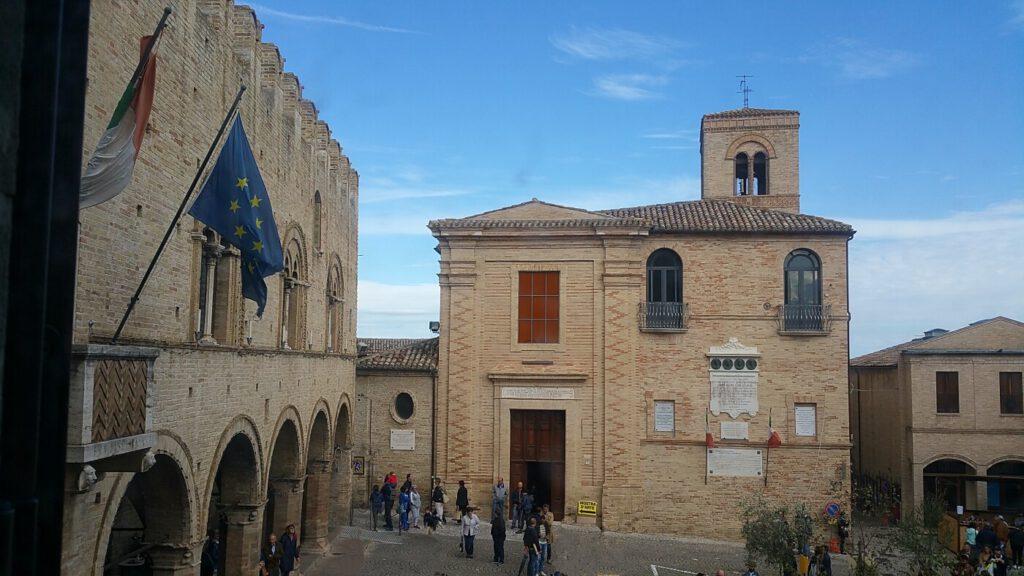 ex convento degli agostiniani - chiesa di san marco montecassiano
