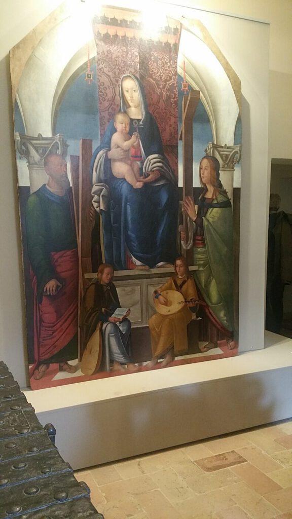 pinacoteca civica - madonna con bambino