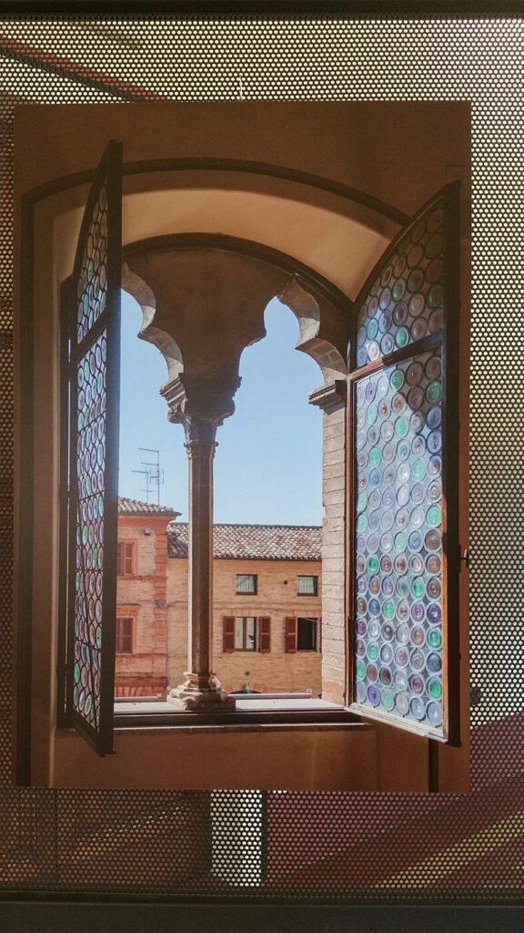 palazzo dei priori montecassiano - borghi medievali nelle marche