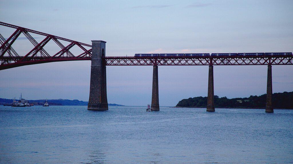 girare la scozia in treno, muoversi in scozia con i mezzi pubblici, treni in scozia