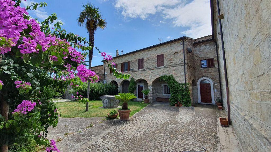chiesa e convento di santa maria a mare, torre di palme, luoghi mariani nelle marche