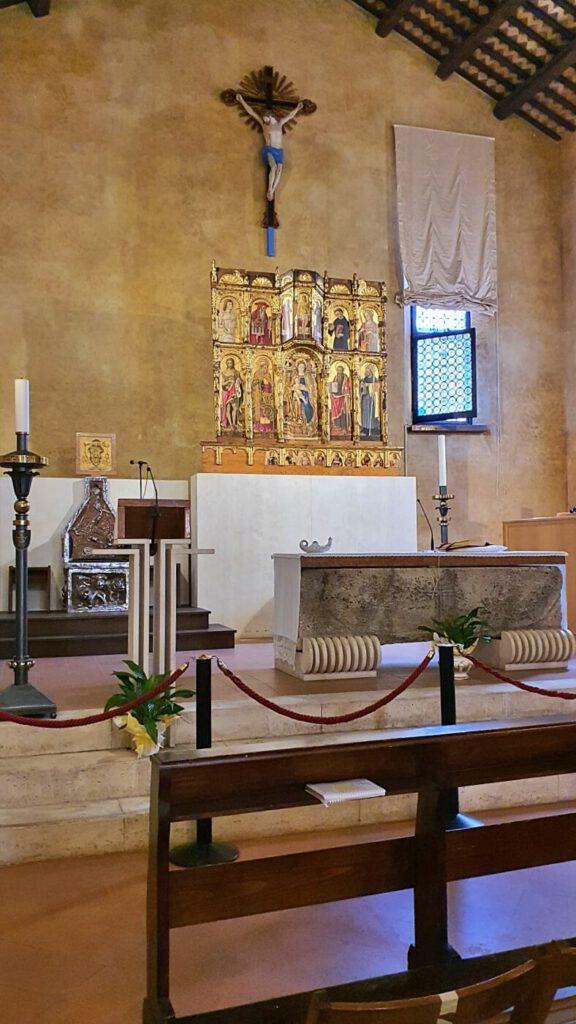 chiesa di st agostino, chiese nella marche