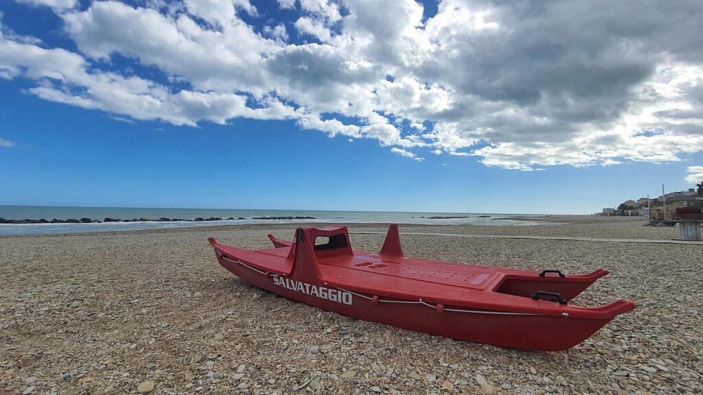 dove andare al mare nelle marche con il cane, spiagga per cani marche