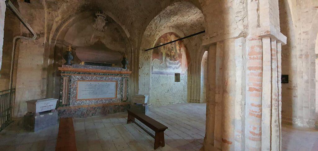 abbazia di san firmano, abbazie nelle marche