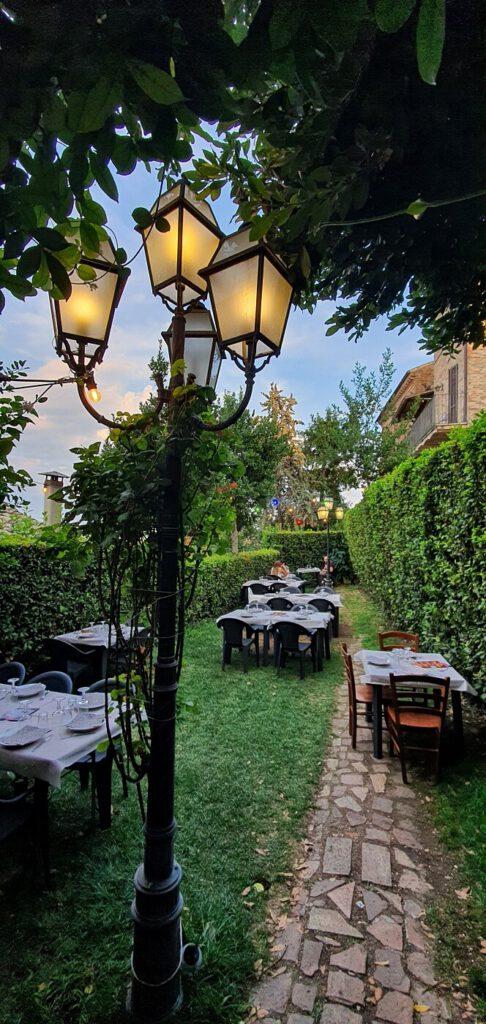 la taverna dell'artista, cosa mangiare a montelupone