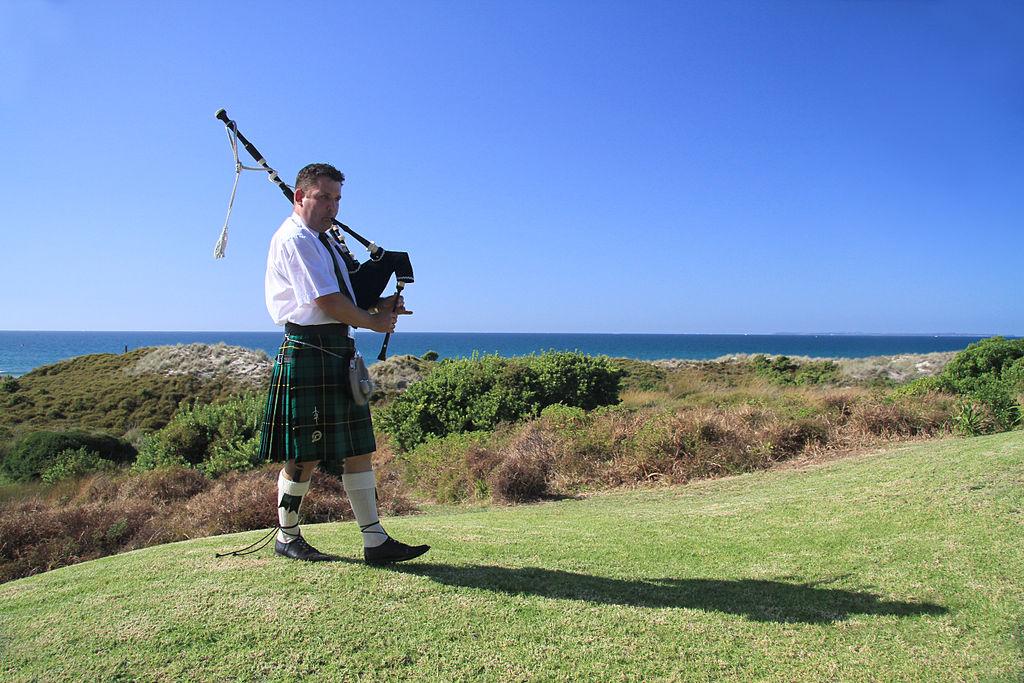 come è fatta una cornamusa, cornamusa scozzese, musica tradizionale scozzese